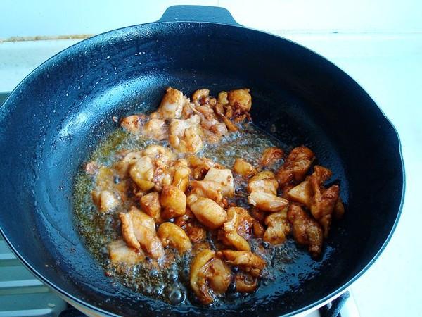 西兰花炒鸡怎么吃