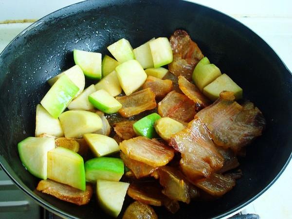 咸肉炖青萝卜怎么吃