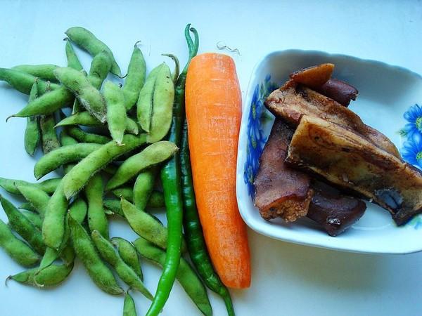 毛豆胡萝卜炒肉皮的做法大全