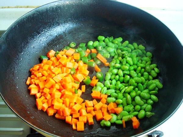 毛豆胡萝卜炒肉皮怎么吃