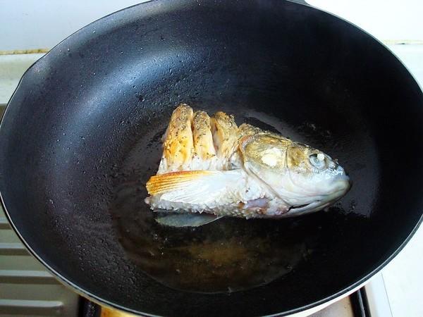 豆腐炖鱼头怎么吃