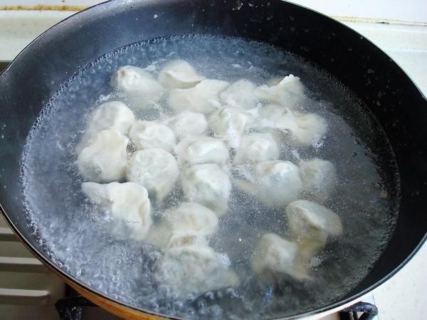 香菜羊肉饺子怎样做