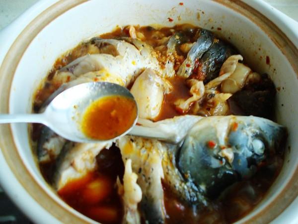 砂锅炖草鱼怎样煸