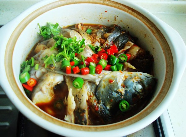 砂锅炖草鱼怎样炒