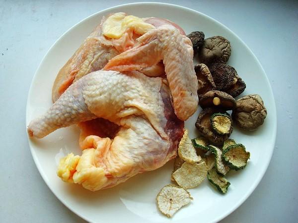 萝卜干香菇炖鸡的做法大全