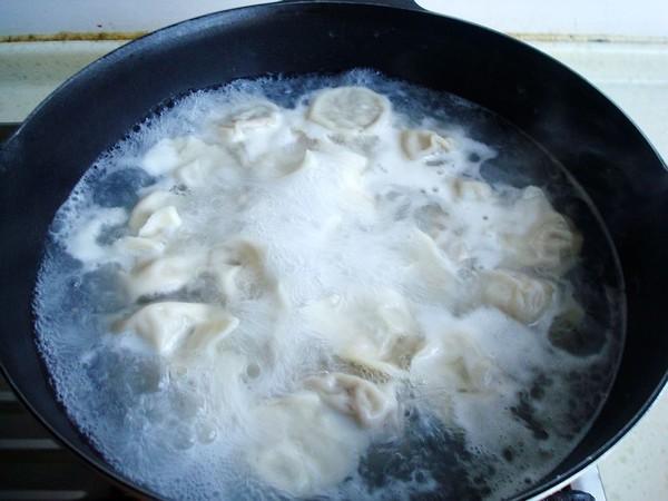芹菜牛肉饺子的制作