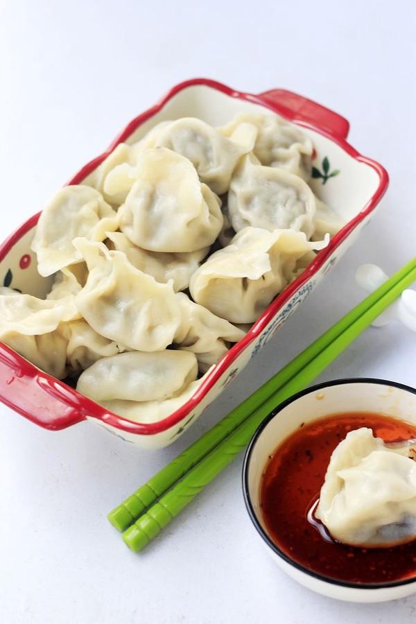 芹菜牛肉饺子成品图