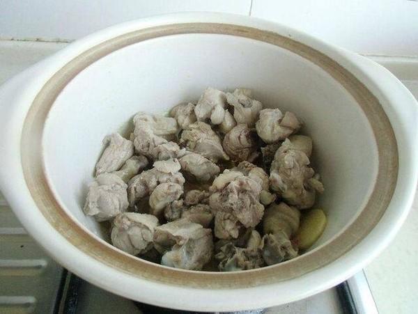 砂锅鸭块怎么吃
