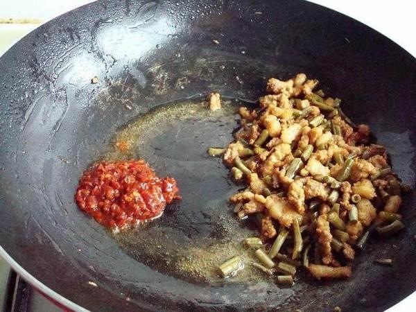 酸豆角汤面条怎么吃