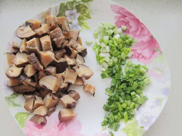 腊肠糯米饭怎么做