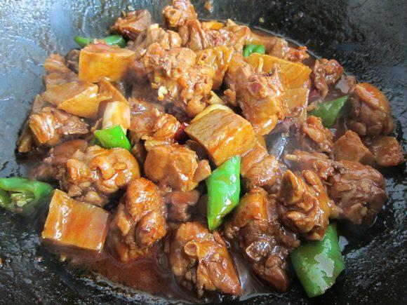 面筋焖鸭怎样煮