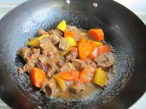 胡萝卜烧牛肉怎样做