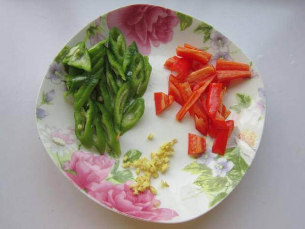老干妈杏鲍菇炒腊味的简单做法
