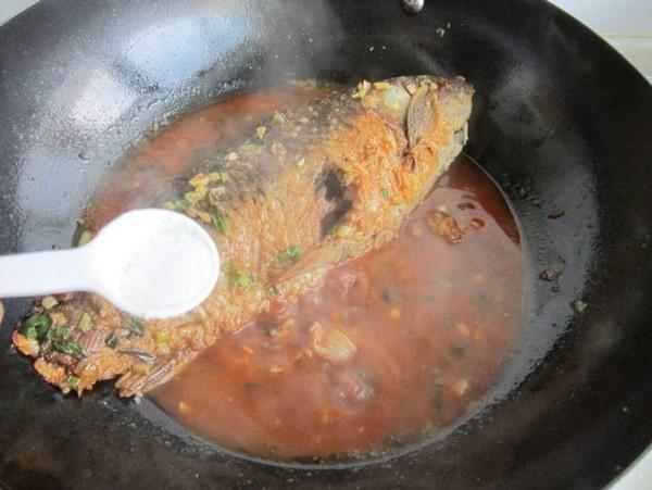 红烧鲤鱼的步骤