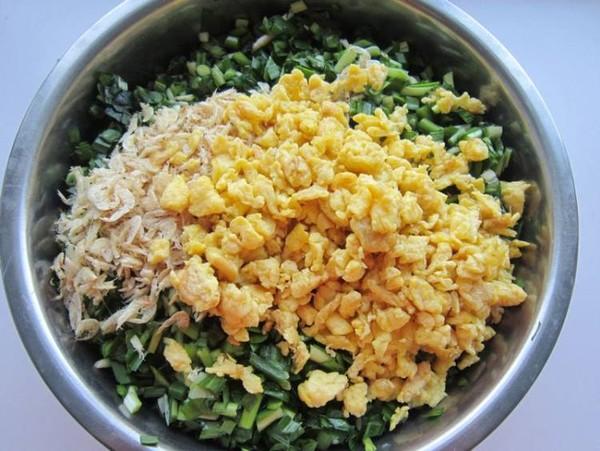 韭菜鸡蛋虾皮包子怎么炒