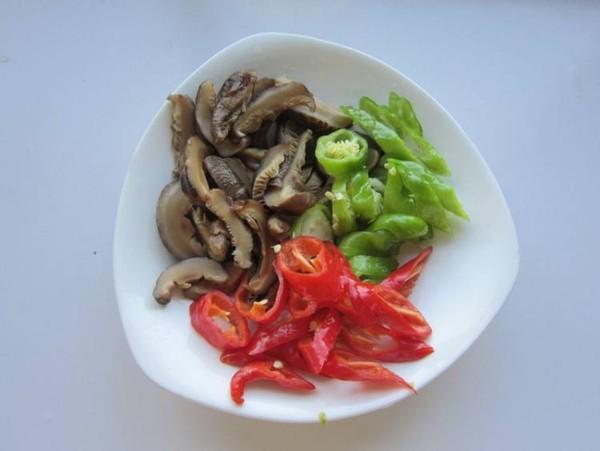 榨菜香菇炒肉的做法图解