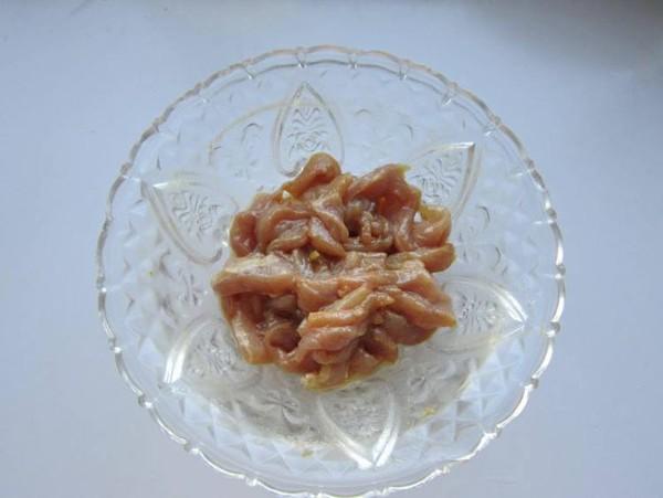 榨菜香菇炒肉的简单做法