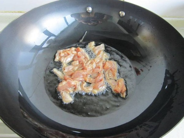 榨菜香菇炒肉怎么吃