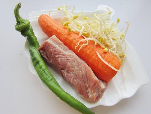 胡萝卜黄豆芽炒肉的做法大全