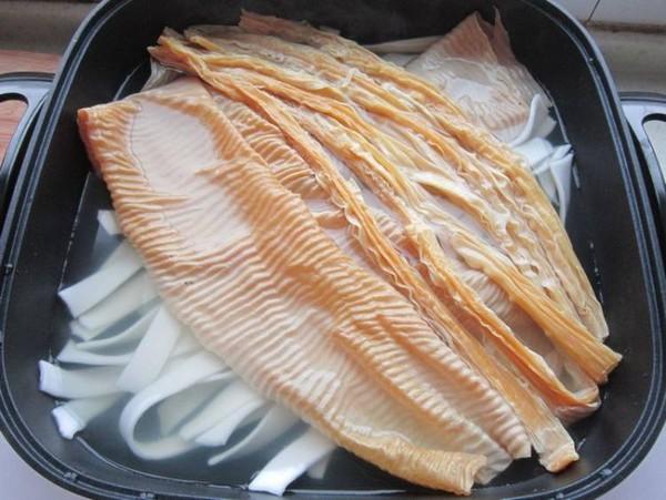 鸭肉火锅的简单做法