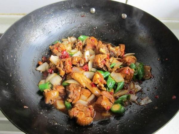 香辣干锅鸡怎样做