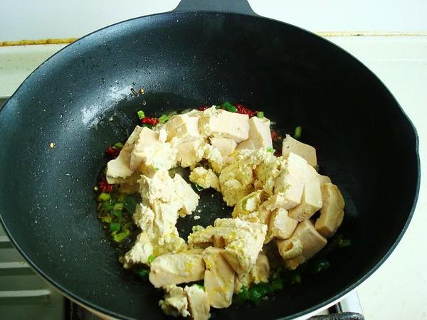 炒臭豆腐的简单做法