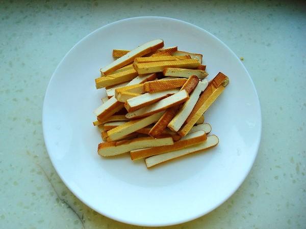 韭菜香干炒黄豆芽的做法图解
