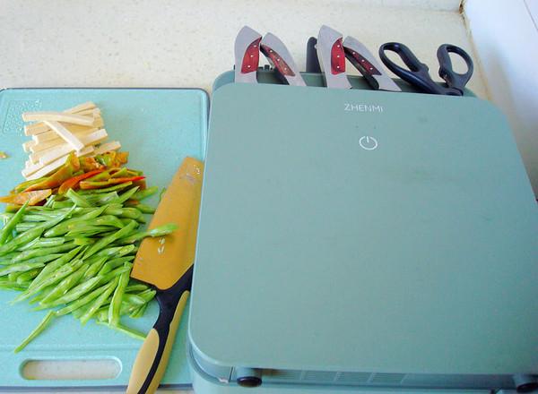 老干妈四季豆炒豆腐干的做法图解