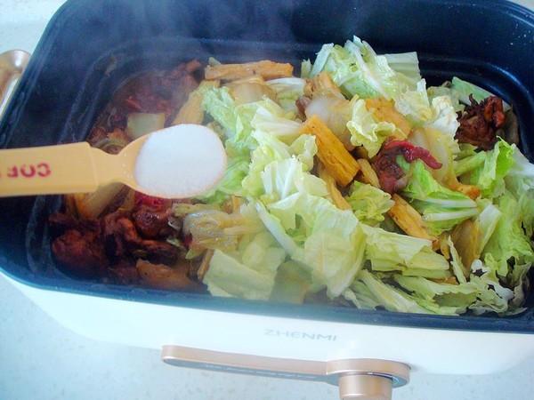 鸡肉白菜炖腐竹怎么炖
