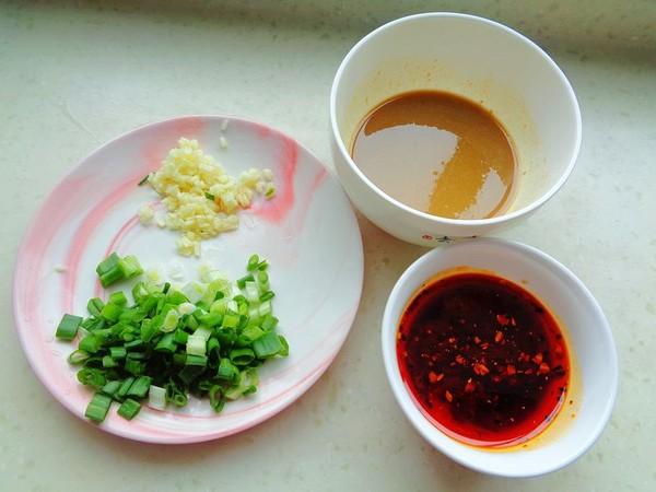 麻辣拌饺子怎么吃