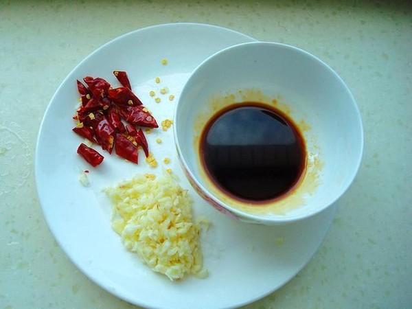 油泼丝瓜的简单做法