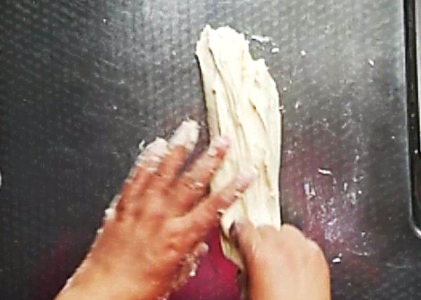 三色藜麦面包卷怎么煸