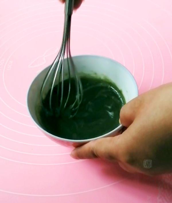 """酥皮""""粽子""""的简单做法"""