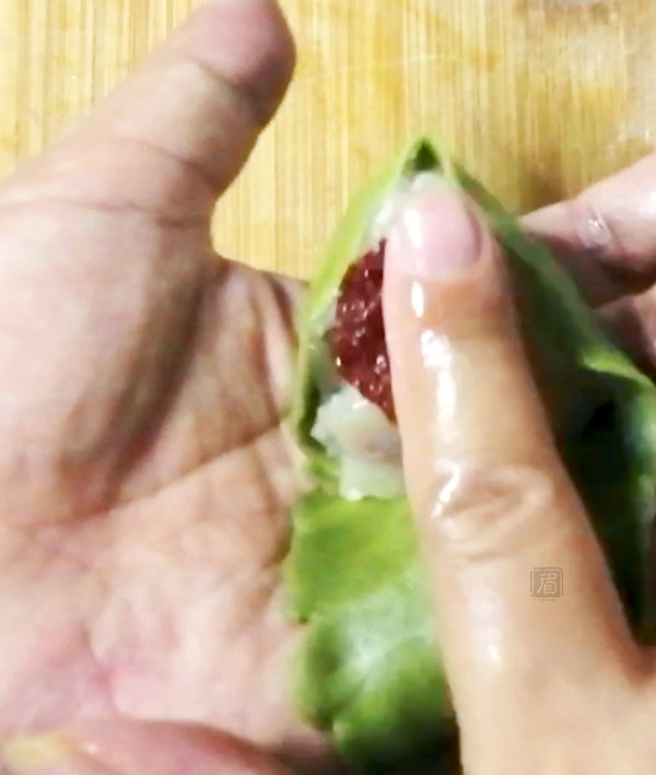 """酥皮""""粽子""""的制作方法"""