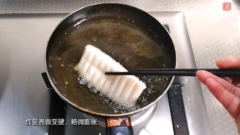 上海经典小吃猪排年糕怎样煸