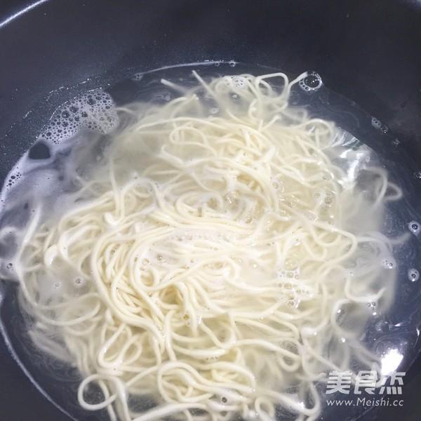 浓汤咖喱肥牛面的做法大全