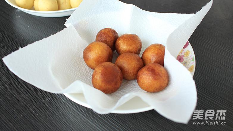好吃又简单易做的炸红薯丸子的简单做法