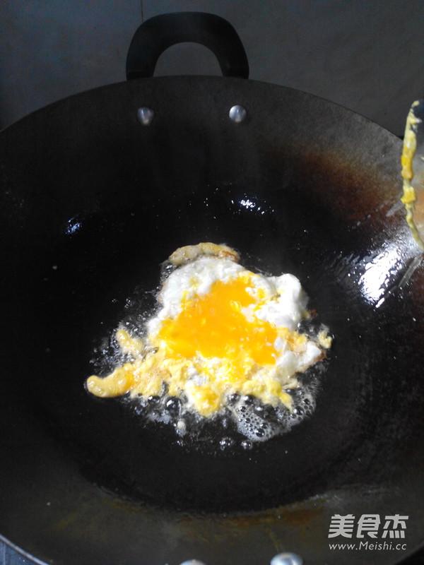 西红柿鸡蛋面怎么吃