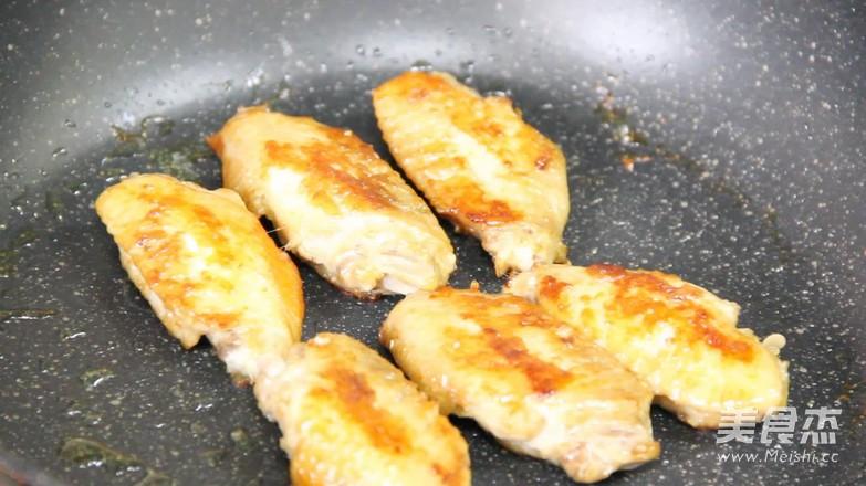 煎鸡翅怎么煮