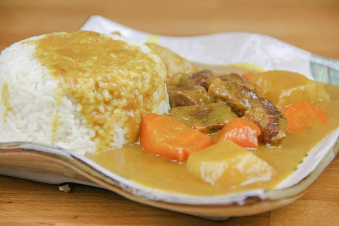 咖喱牛腩饭成品图