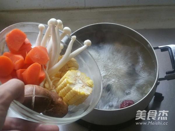 乌鸡滋补汤的简单做法