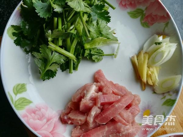 蘑菇炒肉的做法图解
