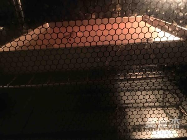 长颈鹿斑纹奶油蛋糕卷的制作大全
