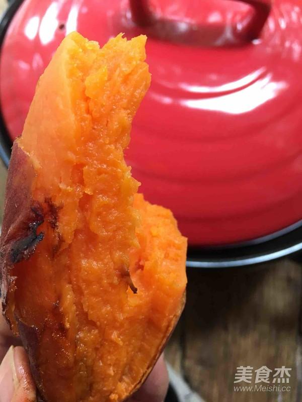 砂锅烤蜜汁红薯成品图