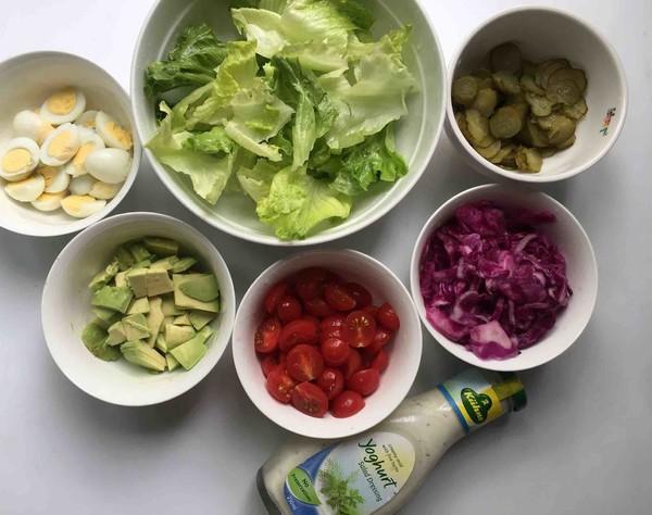 鹌鹑蛋果蔬沙拉的家常做法