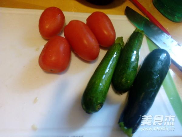 西红柿炒小瓜的做法大全