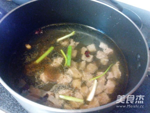 西红柿玉米牛肉汤怎么煮