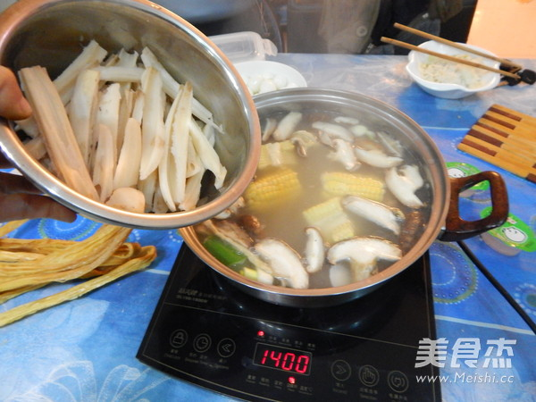 鱼片火锅怎样炖