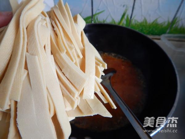 水煮肉末千张的制作