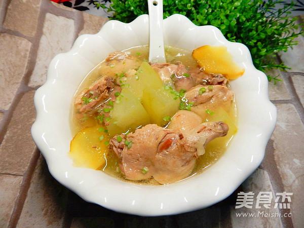 冬瓜炖排骨汤成品图